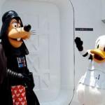 Donald et plutôt se déguisent en stormtrooper
