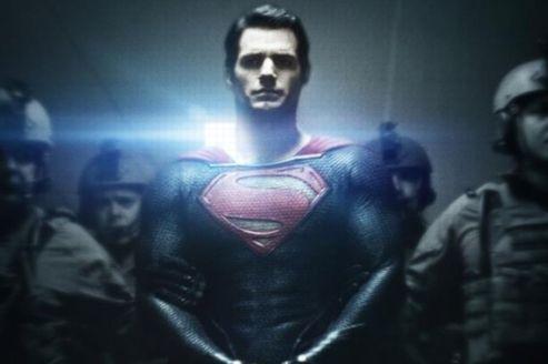 La nouvelle affiche de la prochaine adaptation au cinéma de superman