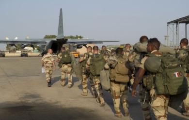 L'armée française se déploie au Mali