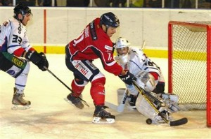 Après une victoire en championnat contre Rouen, les Ducs d'Angers disputeront la finale contre Briançon le 17 février prochain.