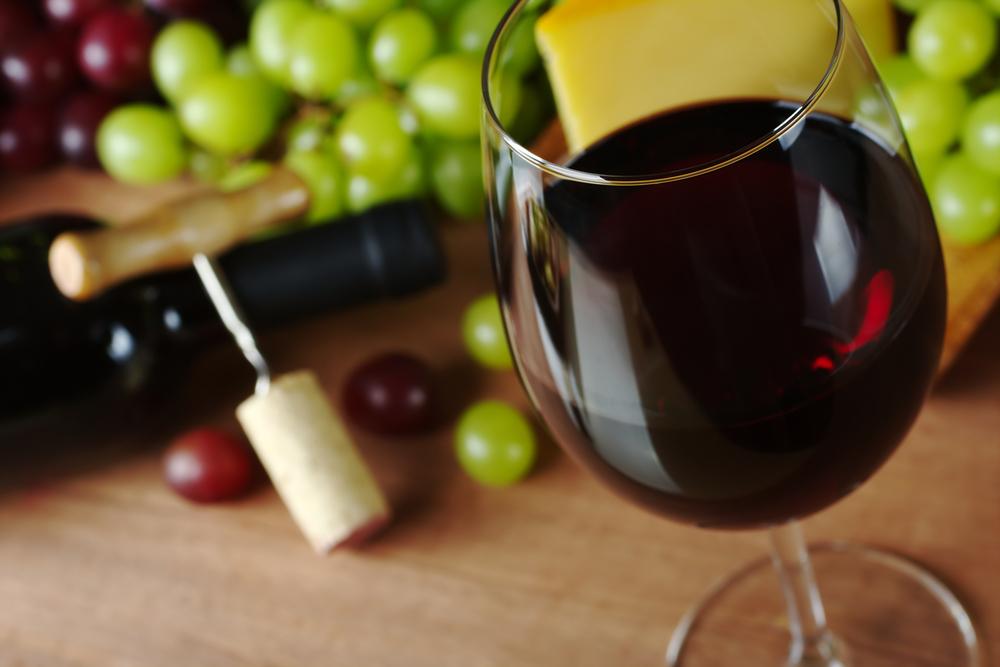 Vin rouge : une nouvelle étude positive
