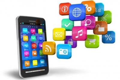 Consulter ses comptes via une application sur smartphone : le meilleur moyen de gérer ses liquidités en ligne.